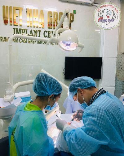 Phẫu thuật cấy ghép Implant - Nha khoa VIệt Nha