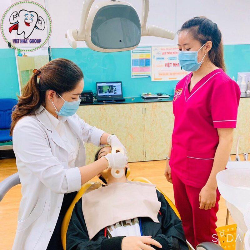 Đội ngũ bác sĩ Niềng răng tay nghề cao tại Nha Khoa Việt Nha