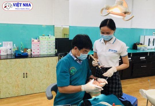 Khách hàng Niềng răng tái khám định kỳ tại NHA KHOA VIỆT NHA (Niềng răng-Phương pháp khắc phục răng hô hiệu quả)